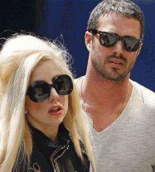 Леди Гага и Тейлор Кинни,фото Леди Гага и Тейлор Кинни,Леди Гага и Тейлор Кинни расстались,Леди Гага фото,фото Леди ГаГа