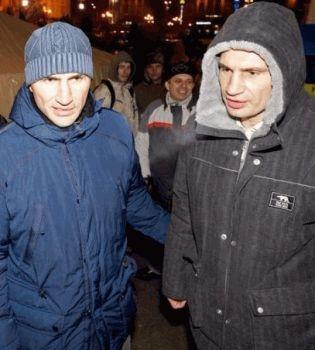 Виталий Кличко фото,Владимир Кличко фото,Кличко фото,евромайдан,звезды о евромайдане