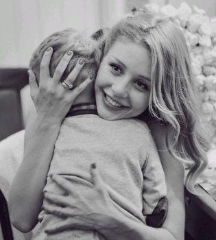 Тина Кароль,сын,фото,видео,Хэллоуин