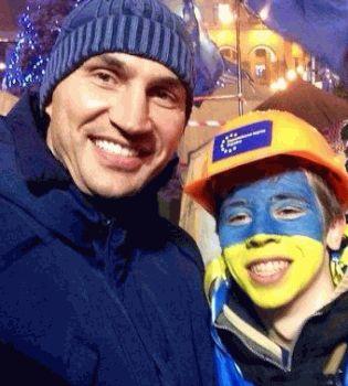 Владимир Кличко,Украина,война,украинский флаг,сепаратизм,россия война против украины,Россия