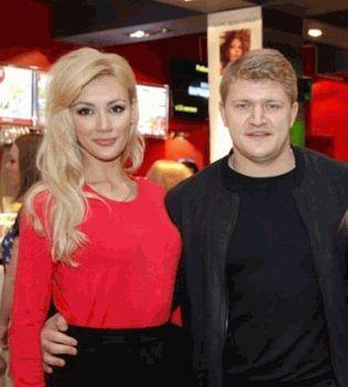 победитель шоу Х-фактор,Алексей Кузнецов,жена,фото,Тоня Матвиенко
