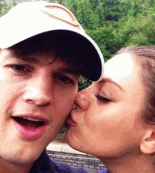 Мила Кунис,Эштон Катчер,фото,поцелуй,влюблены,беременна,живот