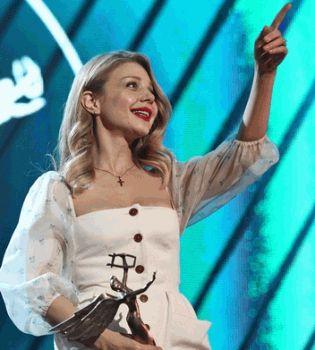 Тина Кароль,фото,стиль,2014,фигура,Ульяна Сергеенко,платье,yuna 2014,певица года