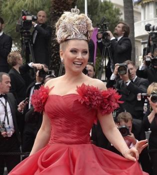 Лена Ленина,Каннский кинофестиваль 2014,фото,корона,красная дорожка