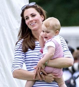 Кейт Миддлтон,сын,фото,первые шаги,принц,принц Уильям,герцогиня Кембриджская