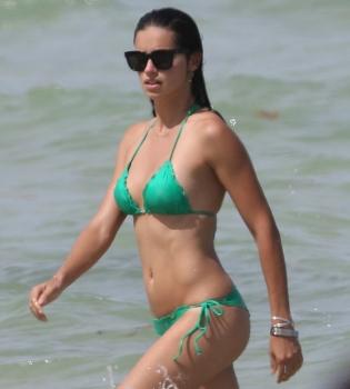 Адриана Лима,фото,фигура,в бикини,на пляже,в купальнике,развод