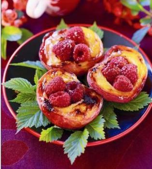 персик,малина,десерт,гриль,рецепт