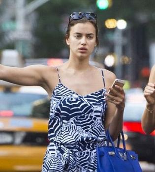 Ирина Шейк,фото,без макияжа,такси