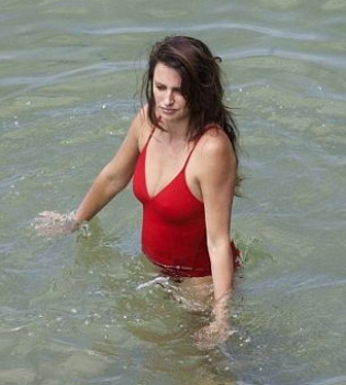 Пенелопа Крус,фото,беременна,животик,в купальнике