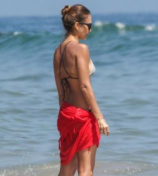 Джессика Альба,фото,фигура,на пляже,лето,2014