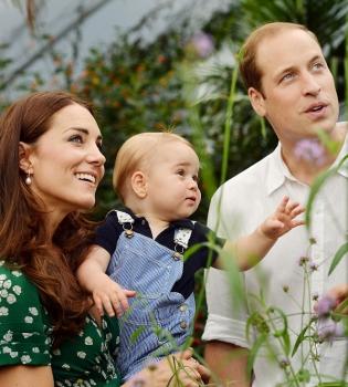 принц Джордж,Кейт Миддлтон,фото,официальный портрет,сын