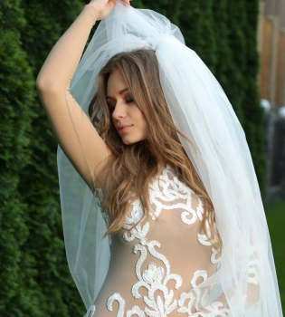 Яна Соломко,Real O,ушла,Холостяк,вышла замуж,свадьба,муж,фото,интервью,журнал Viva