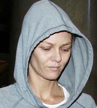 Ванесса Паради,фото,без макияжа,шокировала,без косметики,бледная,после развода,личная жизнь