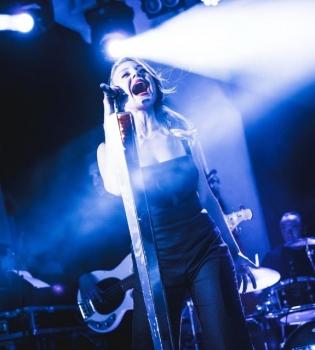 Тина Кароль,Одесса,концерт,фото,траур
