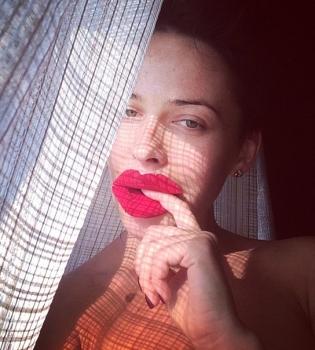 Даша Астафьева,шок,фото,откровенные,Instagram,фигура,бюст,грудь,губы