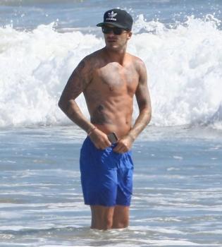 Дэвид Бекхэм,фигура,на пляже,лето 2014,Малибу,фото
