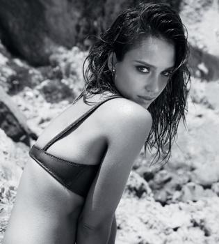 откровенная фотосессия,Maxim 2014,Джессика Альба,фото,в бикини,в купальнике,фигура,Город грехов