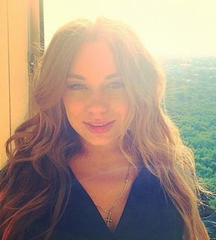Яна Соломко,фото,холостяк,Real O,грудь,фигура
