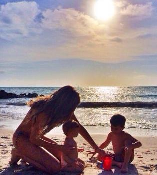 Жизель Бундхен,фото,дети,сын,дочь,трогательное фото,семья,Instagram