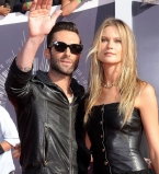 Адам Ливайн,Бехати Принслу,фото,вышли в свет,MTV Video Music Awards,2014,Maroon 5