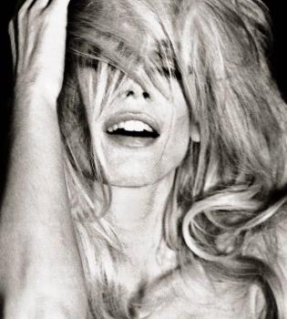 Vogue,Италия,сентябрь 2014,фотосессия,фото,Рианна,Карла Бруни,Наталия Водянова,Клаудия Шиффер,Ева Герцигова