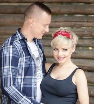 Наташа Гордиенко,беременна,муж,Павел Черепин,Голос країни,ребенок,видео,бэкстейдж,журнал Viva
