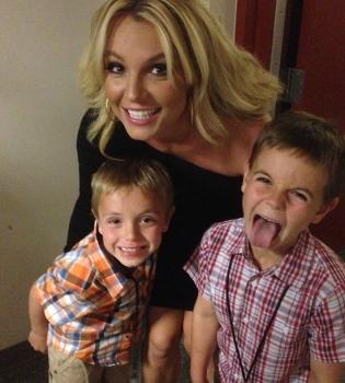 Бритни Спирс,фото,семья,сестра,дети,Джейми Линн Спирс,Instagram,селфи
