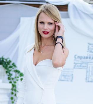 Ольга Фреймут,платье,фото,Инспектор Фреймут,премьера