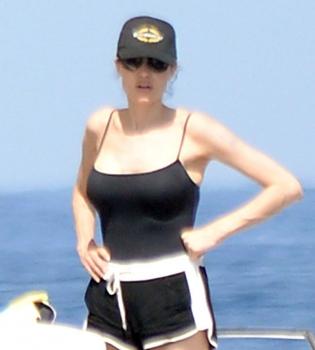 Анджелина Джоли,Брэд Питт,фото,яхта,2014,после свадьбы