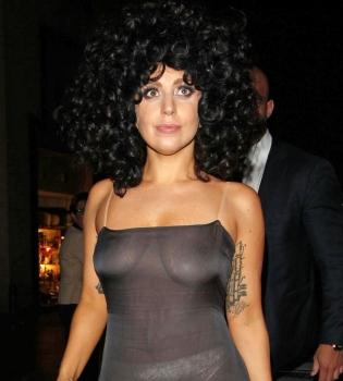 Леди Гага,наряд,платье,прозрачное,фигура,релиз альбома,фото