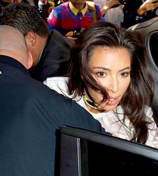 Ким Кардашьян,скандал,нападение,фото,украинский журналист,Виталий Седюк