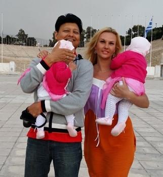 Камалия,дети,дочери,муж,Мохаммад Захур,день рождения,видео,беженцы,восток Украины
