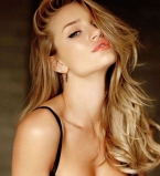 Роузи Хантингтон-Уайтли,селфи,фото,без макияжа,естественная красота,Instagram,wakeupcall
