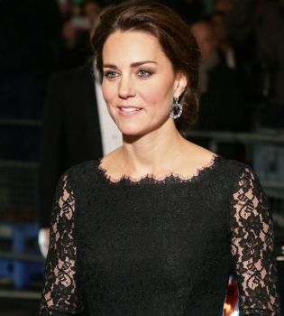 герцогиня Кэтрин,Кейт Миддлтон,беременна,животик,фото,стиль,платье