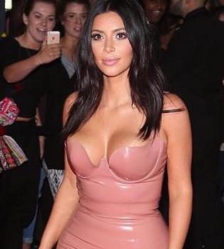 Ким Кардашьян,фото,фигура,платье,латекс