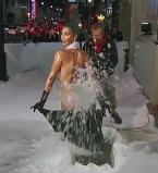 Ким Кардашьян,фото,ягодицы,Джимми Киммел,шоу,снегоуборочная машина,шутка