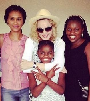 Мадонна,Малави,усыновление,фото,дети,приемные дети,День благодарения