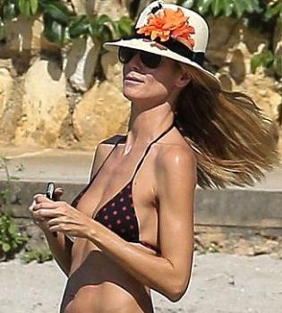 Хайди Клум,многодетная мама,фигура,в бикини,в купальнике,на пляже,фото,папарацци