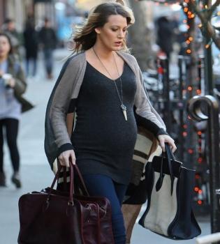 Блейк Лайвли,фото,стиль,уличный стиль,мода,беременна,беременная мода