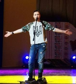 Анастасия Приходько,Тоня Матвиенко,украинские военнные,День Вооруженных сил,фото