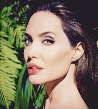 Анджелина Джоли,дети,семья,интервь,фото