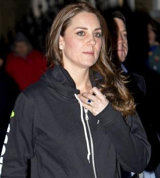 Кейт Миддлтон,стиль,беременна,фото,спортивный костюм,худи