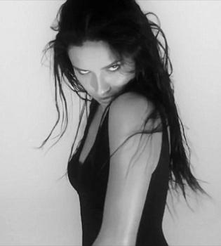 Адриана Лима,видео,Love Magazine