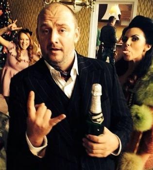Потап и Настя, Злата Огневич, The Hardkiss, Джамала, новый год, новый год 2016, звезды новый год, журнал viva, monatik, время и стекло, потап и настя видео, потап и настя новый год