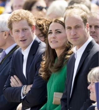Кейт Миддлтон,принц Гарри,принц Уильям,Твиттер,британская королевская семья