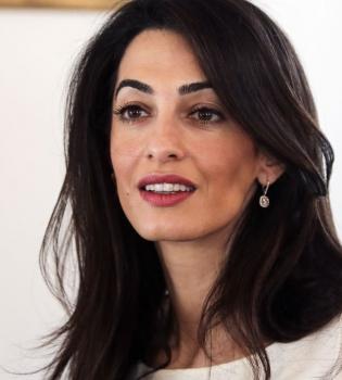 Амаль Аламуддин,Амаль Клуни,Джордж Клуни,в суде