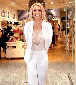 Бритни Спирс,в нижнем белье,рекламная кампания,фото