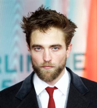 Роберт Паттинсон,борода,фото