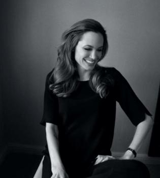 Анджелина Джоли,фото,на обложке,Ms. Mag