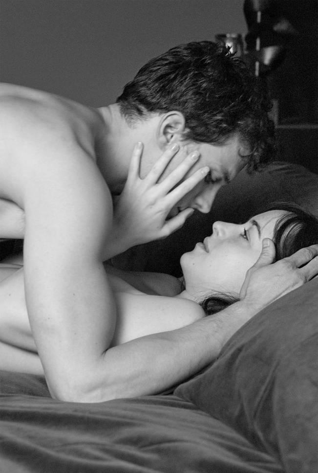 Обнаженный Поцелуй